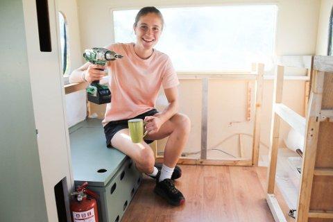 Katelin Pell (23) fra USA starter mobil kaffebar i Alta.