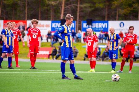 ÅRETS SVAKESTE KAMP: Alta IF og Morten Gamst Pedersen tapte hele 4-0 på bortebane om tabellnabo Eidsvold Turn.