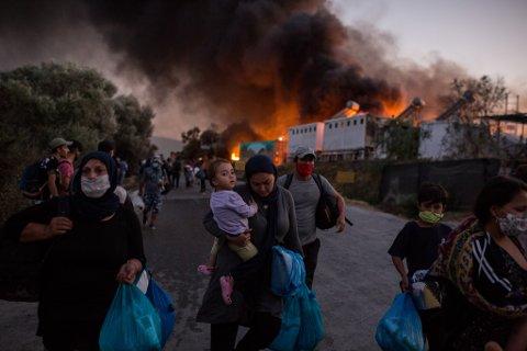 FLYKTER: En storbrann i Moria-leiren i Hellas, har gjort situasjonen enda mer prekær for menneskene som har bodd der. Nå signaliserer en rekke ordførere at de gjerne vil ta imot flyktninger herfra.
