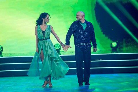 """DANSET VALS: Fred Buljo og Lillian Aasebø er fortsatt med på dansen i det populære TV 2-programmet """"Skal vi danse""""."""