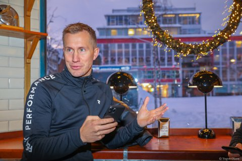 AKTUELL SOM SPILLER: Gaute Ugelstad Helstrup bekrefter etter et møte onsdag at Morten Gamst Pedersen kan få en rolle som spiller i TIL i 2021.