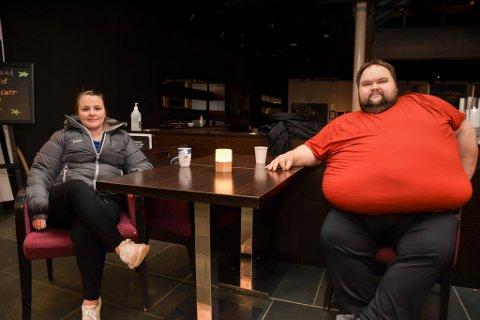 PERMITTERT: Både Silje Nilsen og Lars-Vegar Berg Pettersen har vært permittert helt eller delvis på Scandic-hotellet i Alta siden før påsken 2020.