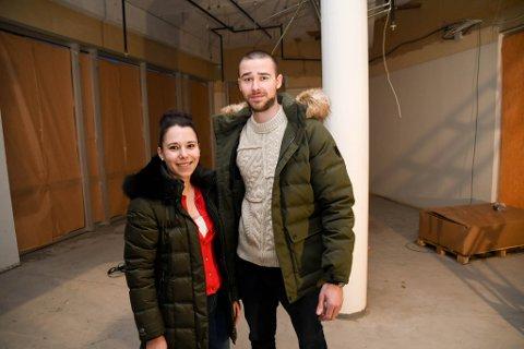 TOMT: Marinela Stoycheva og Aleksandar Asenov skal i mars etter planen åpne Crosta Kjøkken & Vinbar i disse lokalene på Amfi i Alta. Nå er lokalet tomt.