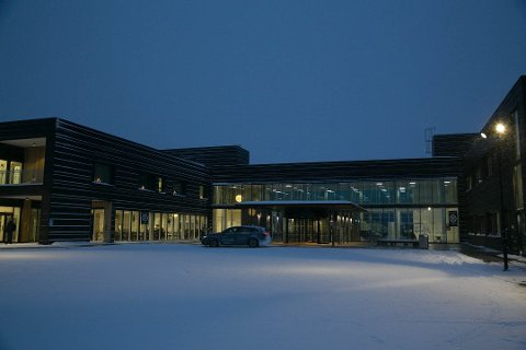 FÅR KRITIKK: Arbeidstilsynet varsler mange pålegg etter tilsyn ved sykehuset i Kirkenes.