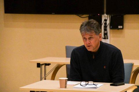 MÅ FØLGE LOVEN: Alta-rådmann Bjørn-Atle Hansen synes det er beklagelig at Furuly sykehjem legger ned. .