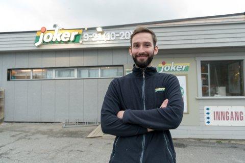 LANGSIKTIG EIER: Ole Martin Larssen ser gjerne for seg å drive butikk minst like lenge som bestefaren.