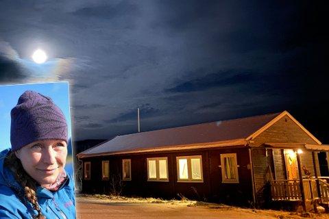 NYTT PROSJEKT: Vanja Johansen startet opp turistselskapet Auroralife for ett år siden. Nå kan hun snart invitere gjester hit, til den gamle brøytestasjonen i Austertana.