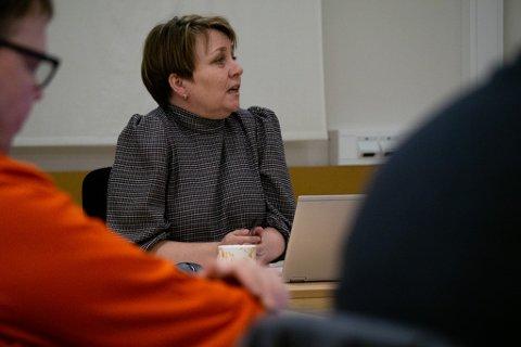 Fra formannskapsmøtet torsdag kveld. Ordfører Aina Borch redegjorde for sin rolle i Verdde Hotel Lakselv. Diskusjonen gikk rolig for seg.
