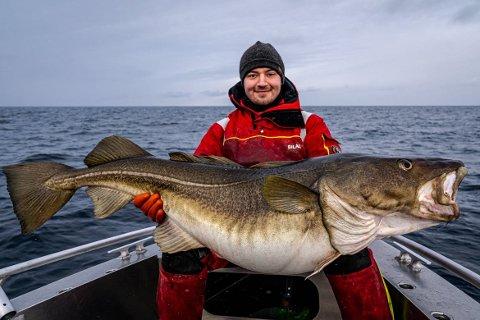 JUBELROP: – Noen alvorlige jubelrop ble det når æ fikk den om bord. Skreien endte med presse vekta ned til 36,5 kg! En meget pen fisk å smykke merittlista mi med altså, forteller Saab.