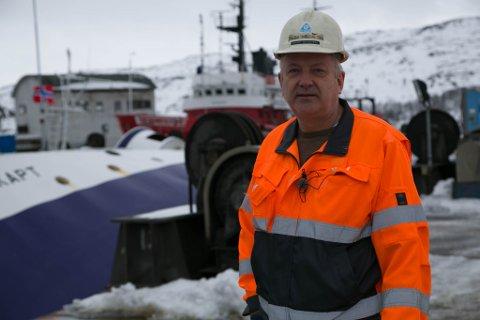 TØFT: Kimek-direktør Greger Mannsverk innrømmer at opplevelsen med en båt som velter under sjøsetting er det verste de kunne oppleve.