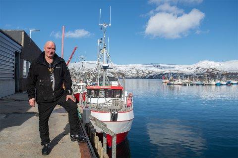 KOMMER NORDOVER: Det kommer en endeløs strøm fra Lofoten, som ikke har fått fisk og skal hit opp og berge sesongen, forklarer daglig leder Per Inge Akslen hos Nergård Sørøya AS.