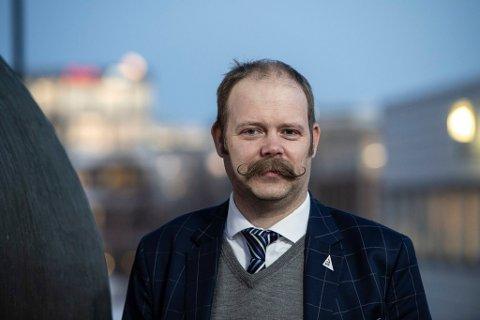 ÅPENHET: Fylkesråd Bjarne Rohde mener det må bli lettere å snakke om psykiske lidelser, og er åpen om at han har fått en depresjon.