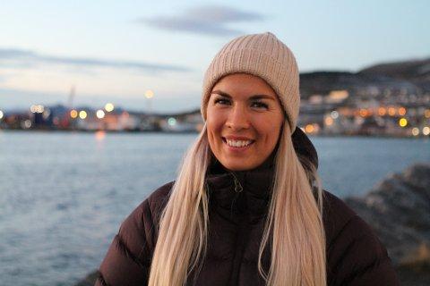 STOLT OG YDMYK: Edel Marlen Taraldsen er strålende fornøyd med å bli gjenvalgt som leder for NSF Student.