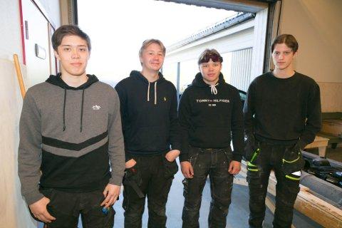 RØRLEGGER: Både Dan Øystein Breivik, Sigurd Olsen, Jan Erik Vælitalo Barbala og Lars Johansen går bygg og anlegg, men ønsker å bli rørleggere. Det er det ikke sikkert de får muligheten til.