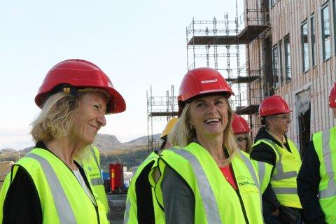 GOD STEMNING: - Det er deilig å se at det er i gang, sier nesteleder Gudrun B. Rollefsen (t.v.). Her sammen med styreleder Lena Nymo Helli.