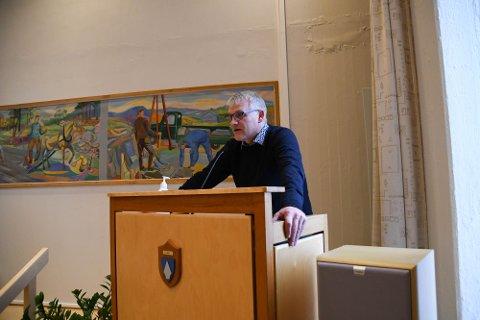 DYSTERT: Odd Erling Mikalsen mener at bildet av kommuneøkonomien i Alta ser dystert ut.