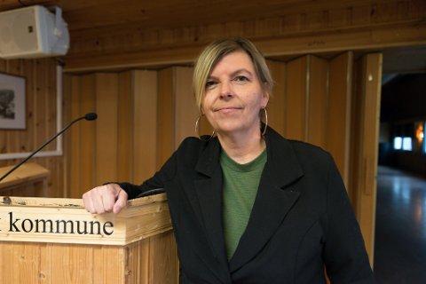HÅPER PÅ AVKLARING: Fungerende ordfører, Bjørg-Eva Langås (SV), håper både fiskehjellsaken og brøytesaken vil få et endelig vedtak når sakene kommer opp i et ekstraordinært møte 5. oktober.