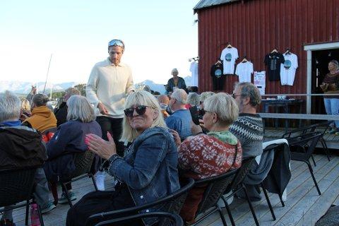 Ordfører Kari-Anne Opsal har opplevd Violet Road to ganger på Meløyvær. Den andre gangen var det smittede blant publikum.