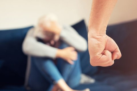 SAMMENHENG: Konsekvensene av partnervold kan være store. Studien viser en klar sammenheng mellom partnervold og dårligere psykisk helse, uansett etnisitet og kjønn.