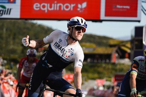 GJENTOK SUKSESSEN: Ben Hermans vant tredje etappe av Arctic Race of Norway 2021. Den samme fjellspurten vant han i 2015.