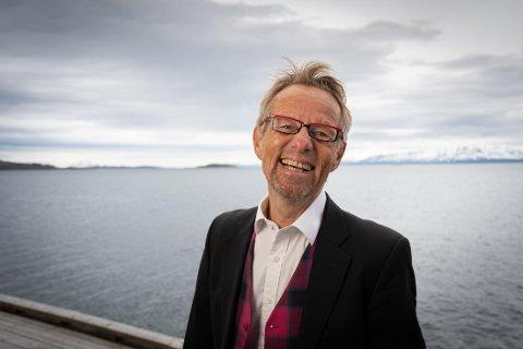 Forskerne kommer også til å besøke skoler og arbeidsplasser, forteller Bård Borch Michalsen, viserektor ved UiT.