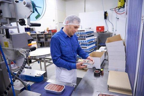 NY LEDERJOBB: Lasse Kjønstad, som er daglig leder i Ytterøykylling AS, er nå også daglig leder i selskapet Gourmand AS på Mule.