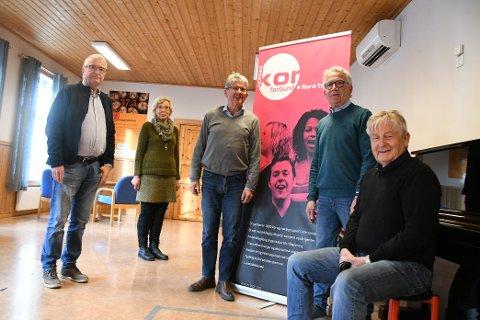MÅ AVLYSE: John von Heimburg (leder i Levanger blandakor), Gunvor Strøm (kasserer i Levanger blandakor), Jarle Olsnes (kasserer Levanger mannssonglag), Hans Vist (Norges Korforbund Nord-Trøndelag) og John Grønli (medlem i Levanger mannsonglag).