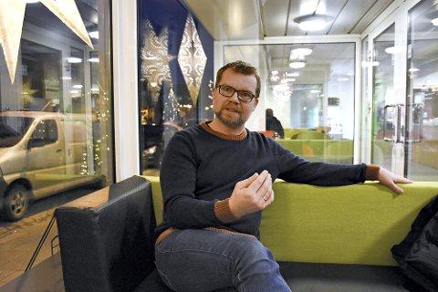 VIL UTREDE 90-SONE PÅ NY E6: MDG-politiker Kjartan Gjelvold i Levanger håper på politisk flertall for å be myndighetene utrede et reelt E6-alternativ med to og tre felt og fartsgrense på 90 km/t i planarbeidet med ny E6 Åsen-Mære.