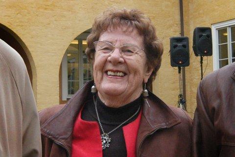ENGASJEMENT: Med sitt brennende engasjement ble Kristin Fostad valgt inn i en lang rekke tillitsverv innen ulike organisasjoner og lag, både lokalt, regionalt og nasjonalt. Her fra åpningen av Falstadsenteret 7. oktobrer 2006.