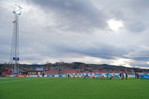 SERIEÅPNING: Levanger FK får slippe inn 450 tilskuere i serieåpningen mot Notodden på søndag.