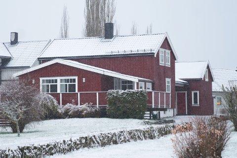 2.650.000: Enganvegen 25 på Røra i Inderøy er solgt for kr 2.650.000 fra Anita Hagen Breivik og Oddbjørn Breivik til John Alexander Moseby og Marianne Moseby.