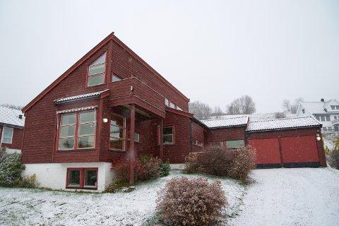2.800.000: Kvistadbakkan 35 i Inderøy er solgt for kr 2.800.000 fra Toril Husby til Håvard Utgård Jacobsen og Irene Utgård Jacobsen.