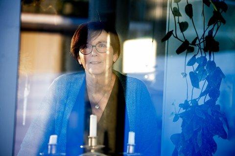 UTE AV KARANTENE: Tjenesteleder Hildegun Nordli er lettet og glad for at alle beboere ved Næss omsorgsboliger nå er ute av karantene.
