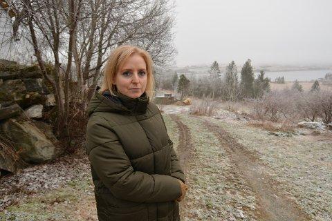 ALVORLIG SITUASJON: Ida Stuberg, ordfører i Inderøy sier at kommunen står overfor en kjempealvorlig smittesituasjon, og at man nå jobber kontinuerlig for å ivareta beboerne ved Næss omsorgsboliger og samtidig intensiverer smittesporingsarbeidet.