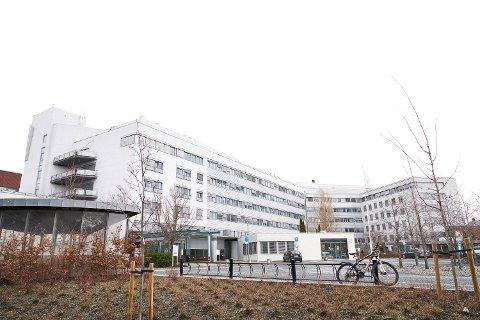 HØYESTE ANTALL: Sykehuset Levanger har mandag sju pasienter innlagt med covid-19.