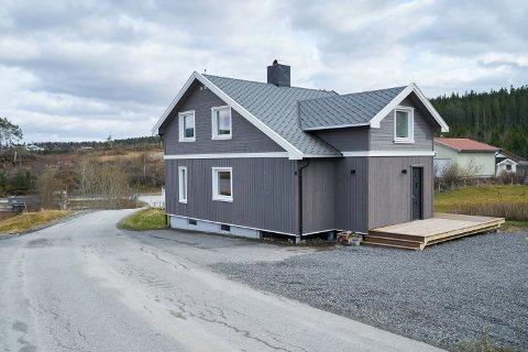 2.800.000: Kastvollvegen 6 på Småland i Inderøy er solgt for kr 2.800.000 fra Kristin W Blæstervold og Øyvind W Blæstervold til Anna Kristine Stuedal og Ole Christian Lunde.