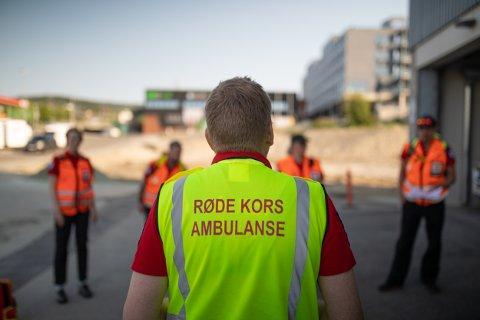 Røde Kors har i vår holdt 30 digitale førstehjelpskurs med 2600 påmeldte. Nå blir det satt opp ekstrakurs de neste dagene.
