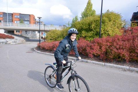 SYKKELKART: Andrea Rikstad Hagstrøm og Bedriftsidretten i Nord-Trøndelag lanserer i disse dager et eget sykkelkart for Inderøy. Det ligger med dagens avis.