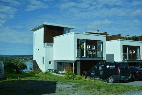 5.600.000: Kvitveisvegen 17 (Gnr 136, bnr 158) er solgt for kr 5.600.000 fra Anne-Ruth Jangaard og Ottar Strand til Jahn Arild Thørring og Kjersti Veie (29.07.2021)