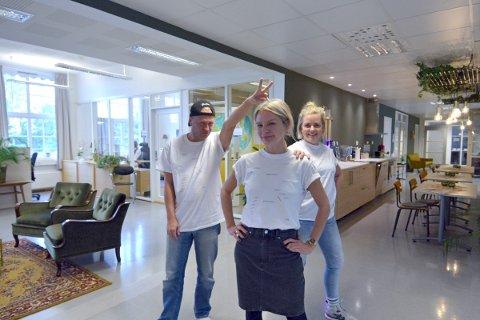 JUBILANTER: Håvard Kalseth, Live Strugstad  og Guro Gulstad feirer ti år med kortreist dansefestiva, KOREDA, med ny visuell profil og masse godsaker på programmet festivalhelga.