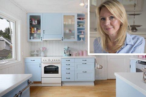SELGES: Huset der kjendisbloggeren Anne Brith Davidsen bor, skal selges. På kjøkkenet har hun bakt hundrevis av kaker, og her oppdaterer hun bloggen tre ganger om dagen.