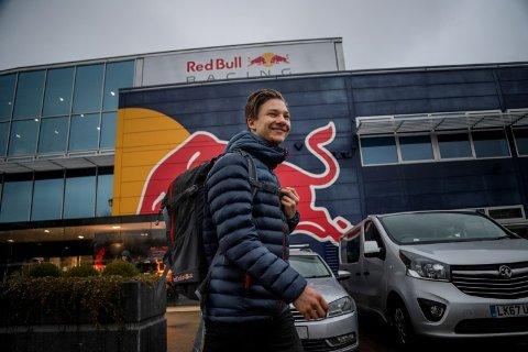 Tester: Dennis Hauger tester i disse dager Formel 3-bil.