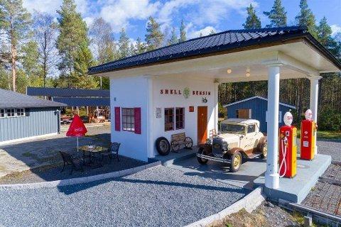 Solgt: Eiendommen, som blant annet inneholder denne bensinstasjonen, har fått ny eier.