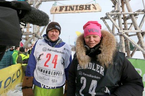 Søndag er Lars Monsen tilbake på TV-skjermen. Elin Berntsen fra Mangen har en sentral rolle i teamet til eventyreren. – TV-temaet har vært flinke bare til å være der og blir naturlig del av situasjonen, så det synes jeg har gått veldig greit, sier Elin Berntsen. Foto: Ole-Johnny Myhrvold.