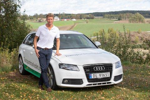 Knut Botten (45) satser hundretusener på å bygge opp sin egen bedrift, som han mener er genial for transportmarkedet. Foto: Jørgen Kirsebom