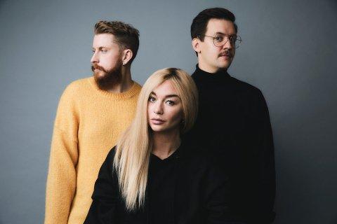 FESTIVALBAND: Martin Hallas (t.h.) nye orkester LÖV er aktuelle med ny singel og er travelt opptatte med en rekke festivaljobber denne sommeren.