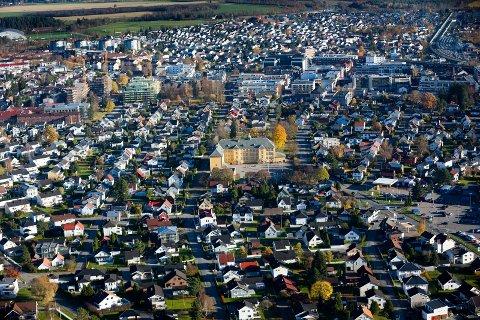 FÅR ERSTATNING: Kjøperne av leiligheten som viste seg å være 26 kvadratmeter mindre enn oppgitt er tilkjent 110.000 kroner i erstatning fra DNB Eiendom Lillestrøm.