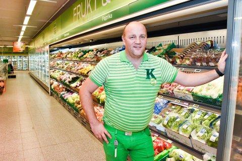 DRIVER GODT: Kiwi-butikken på Løken styrer mot en årsomsetning på 40 millioner kroner. Det er mer enn kjøpmann Paal Christian Svendsen hadde våget å håpe på.