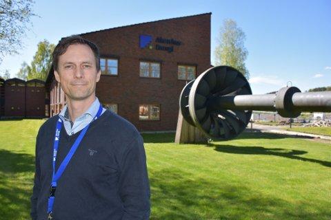 Emil Orderud (40) trives godt både i ny jobb og med å bo på Sørumsand.