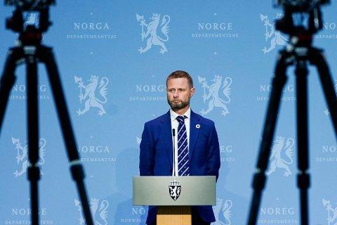 Helse- og omsorgsminister Bent Høie (H) under regjeringens pressekonferanse om koronasituasjonen i Oslo.
